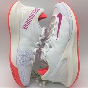 W NIKE COURT AIR ZOOM ZERO HC